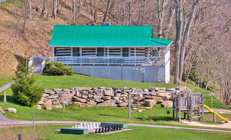 Mountain Lake Lodge - Pembroke, VA