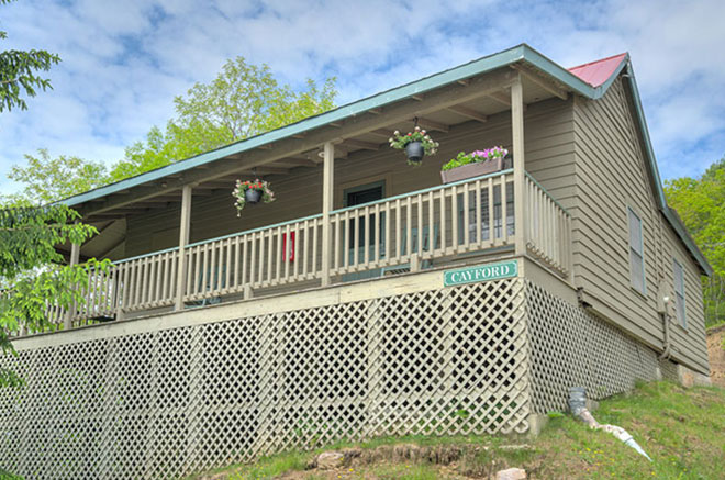 Exterior View of Cayford Cabin at Mountain Lake Lodge