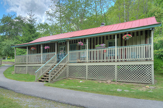 Florida Cottage of Mountain Lake Lodge, Virginia
