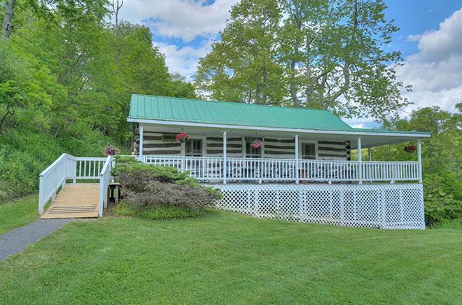Virginia Cottage of Mountain Lake Lodge, Virginia